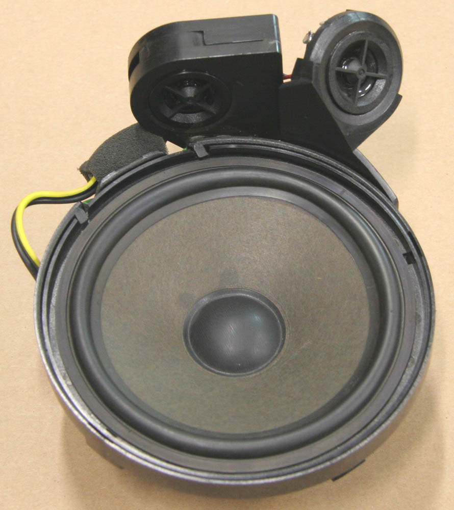 Remove rear speakers from a 2008 mercedes benz gl class for Mercedes benz factory speakers