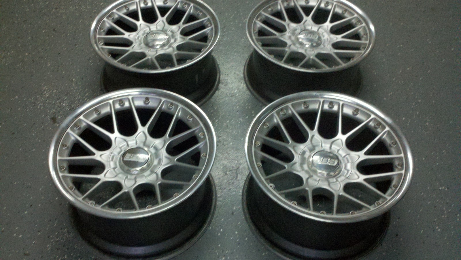 Index Of Images W124 Wheels Bbs Bbs Rs2 Rs701 18x10 Et25